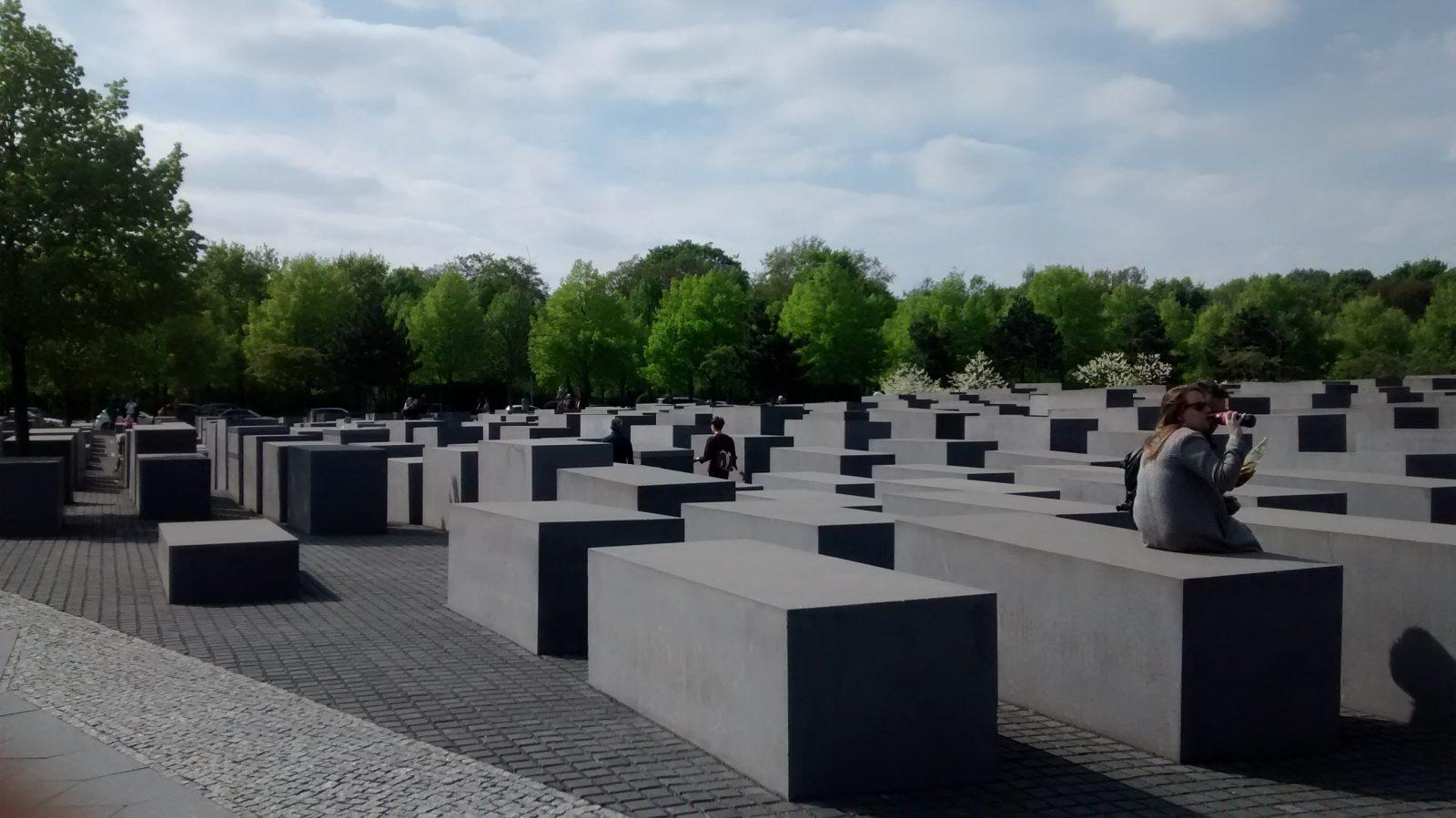 Holocaust memorial berlin walking tour