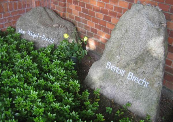 brecht tomb berlin