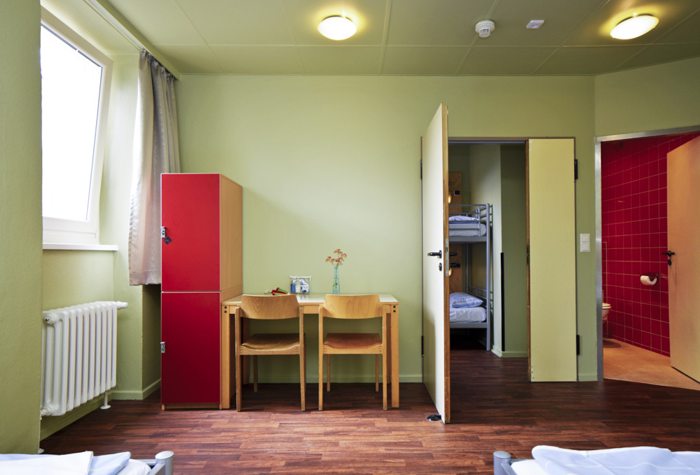 4 beds room with bathroom Amstel House Hostel Berlin