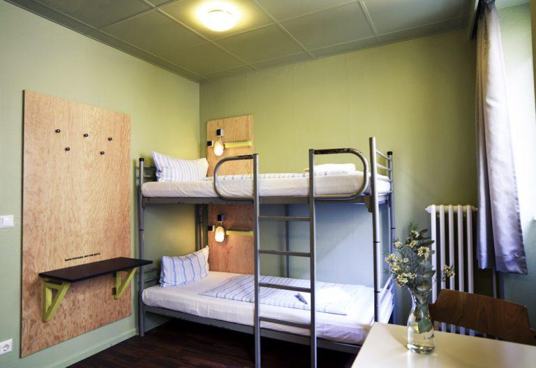 Zweibettzimmer mit Etagenbad Amstel House Hostel Berlin